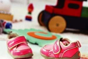 """""""机能鞋""""畅销儿童市场 积极设立行业标准热门新闻"""